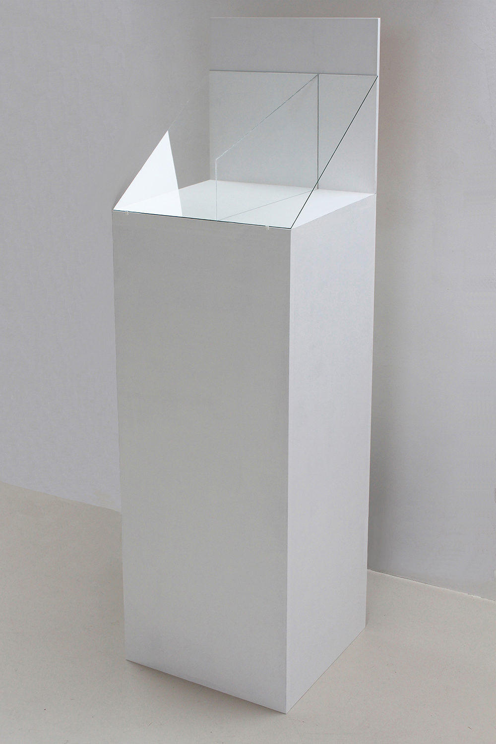 plinth presentation-wood and glass-line illusion